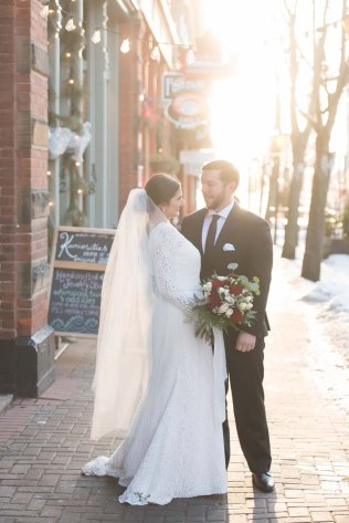 elegant-winter-wedding-prince-edward-island-28